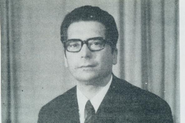 João Júlio Almeida Caldeira Firmino. Reproduzido de A. Oliveira (1978), Almeida Firmino - Poeta dos Açores, Angra do Heróismo, Secretaria Regional da Educação e Cultura.